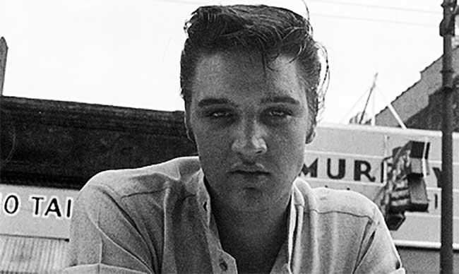Elvis Presley cimeli asta e la sua prima incisione