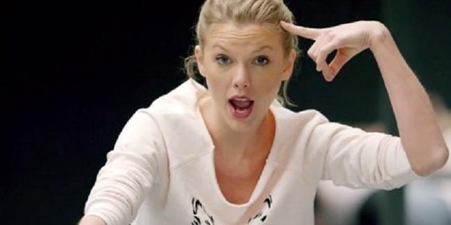 Taylor Swift Diplo lancia una campagna per il suo sedere