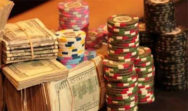 Poker online evasione per 300 milioni di euro