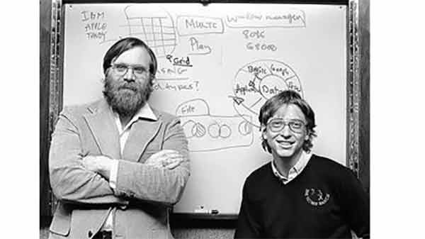 Bill Gates festeggia i 40 anni della Microsoft