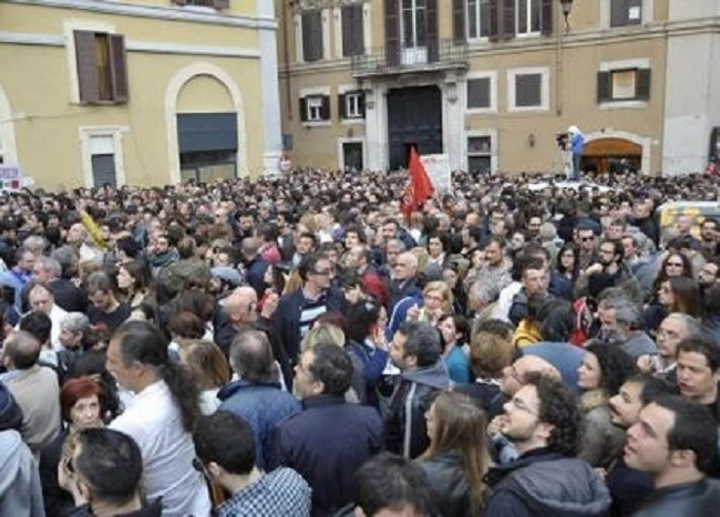 proteste-a-montecitorio