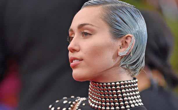 Miley Cyrus diventa portavoce della LGBT