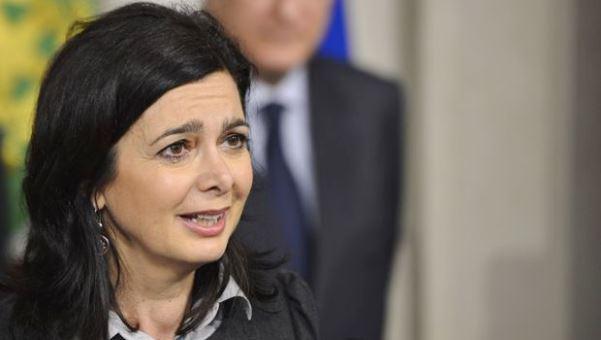 Per Laura Boldrini bisogna abolire le Forze Armate