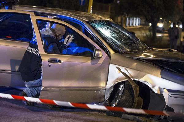Roma, scontri fra Centri Sociali e Polizia a Battistini