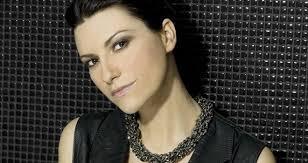 Laura Pausini e il suo nuovo singolo Lato destro del cuore