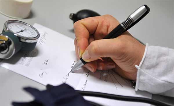 Sanita-gli-esami-inutili-e-prestazioni-sanitarie-a-rischio
