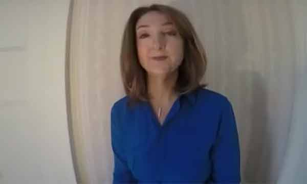 BBC choc gli effetti della chemio mostrati da una giornalista