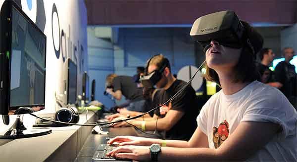 Google La realta virtuale per non perdere terreno