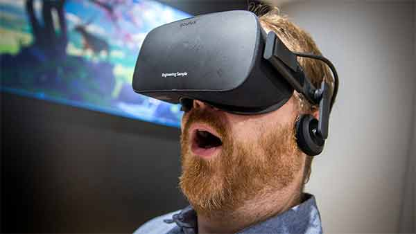 Oculus Rift disponibile in pre-order